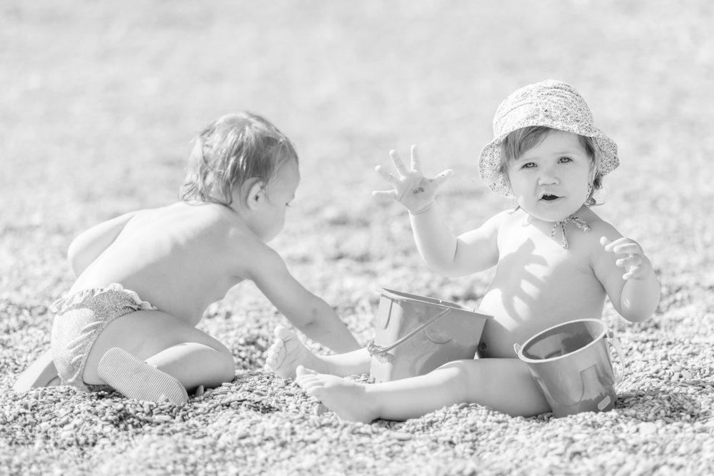 Kinder am Strand